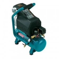 Air Compressors - MAC700 Makita Air Compressor
